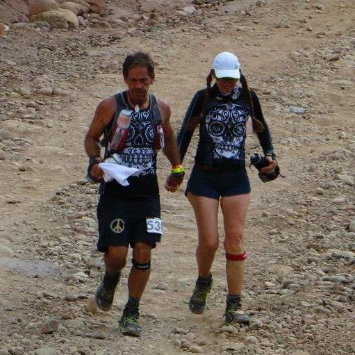 Michael and his wife Kimberly running in the 2014 Ultra Caballo Blanco